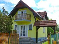 Vakantiehuis 1457643 voor 5 personen in Balatonfenyves