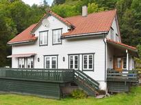 Casa de vacaciones 1458567 para 8 personas en Osterøy