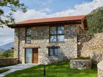 Vakantiehuis 1458865 voor 12 personen in Arriondas