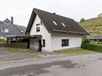 Vakantiehuis 1460791 voor 6 personen in Elpe