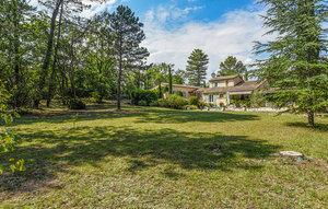 Gemütliches Ferienhaus : Region Provence für 10 Personen