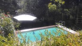 Ferienhaus 1461602 für 4 Erwachsene + 1 Kind in Nocchi di Camaiore