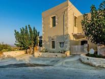 Vakantiehuis 1462536 voor 7 personen in Kastellos