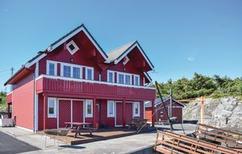 Ferienhaus 1462949 für 5 Erwachsene + 2 Kinder in Bakkasund
