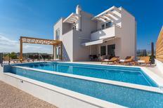 Ferienhaus 1463025 für 12 Personen in Brodarica