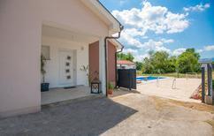 Ferienhaus 1463617 für 8 Personen in Donji Proložac