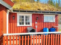Holiday home 1464625 for 3 persons in Naustbukta