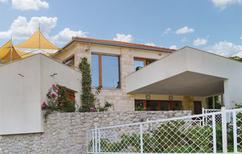Ferienhaus 1465134 für 8 Personen in Svirce