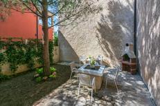 Ferienhaus 1465180 für 6 Personen in Lopar