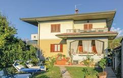 Ferienhaus 1467765 für 8 Personen in Montignoso