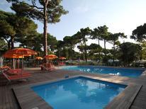 Ferienhaus 1468870 für 6 Personen in Marina Romea