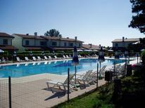 Vakantiehuis 1468928 voor 3 volwassenen + 1 kind in Bibione