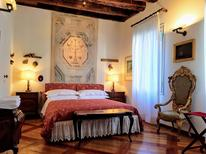 Appartement 1469995 voor 5 personen in Venetië