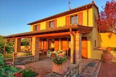 Vakantiehuis 1470602 voor 6 personen in Certaldo