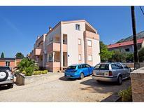 Appartement 1470890 voor 5 personen in Starigrad-Paklenica