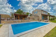 Vakantiehuis 1470946 voor 8 personen in Stranici kod Lovreca