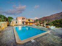 Vakantiehuis 1471041 voor 12 personen in Castellammare del Golfo