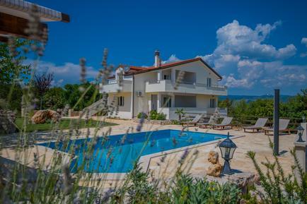 Gemütliches Ferienhaus : Region Split-Dalmatien für 10 Personen