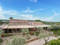 Vakantiehuis 1471216 voor 6 personen in Carlentini