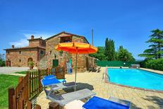Vakantiehuis 1471355 voor 18 personen in San Savino