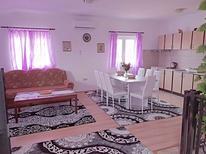 Ferienwohnung 1471384 für 6 Personen in Bužinija
