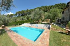 Vakantiehuis 1471618 voor 6 personen in Pescaglia
