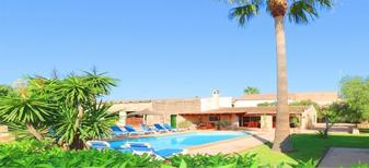 Holiday home 1472333 for 14 persons in Campos