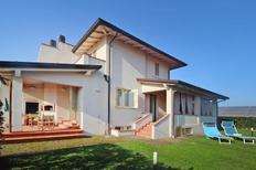 Holiday home 1473334 for 8 adults + 1 child in Capezzano Pianore