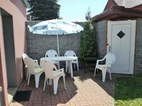 Vakantiehuis 1473959 voor 9 personen in Měděnec