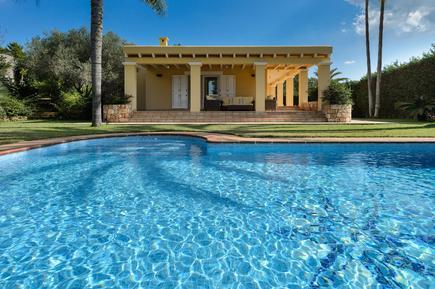 Gemütliches Ferienhaus : Region Ibiza für 14 Personen