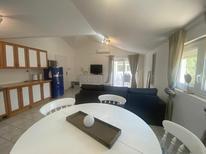 Appartement 1474670 voor 5 personen in Savudrija