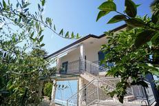 Appartement 1474701 voor 6 personen in Bašanija