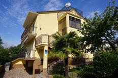 Appartement 1475502 voor 4 personen in Bašanija