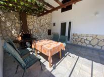 Appartement 1475503 voor 4 personen in Bašanija
