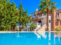 Vakantiehuis 1475936 voor 7 personen in Platanias