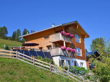 Gemütliches Ferienhaus : Region Graubünden für 4 Personen
