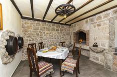 Ferienhaus 1477181 für 8 Personen in Sinj