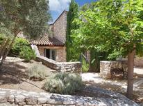 Casa de vacaciones 1477186 para 4 personas en Gordes