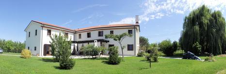 Vakantiehuis 1477437 voor 16 personen in San Dona di Piave