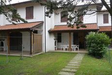 Vakantiehuis 1478740 voor 7 volwassenen + 1 kind in Lido delle Nazioni