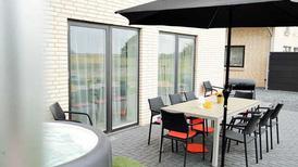Ferienhaus 1479341 für 10 Erwachsene + 2 Kinder in Nordstrand