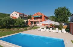 Semesterlägenhet 1480853 för 6 personer i Blato na Cetini