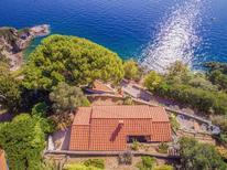 Ferienhaus 1481536 für 4 Personen in Rio Marina