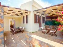 Vakantiehuis 1481628 voor 9 personen in Elounda