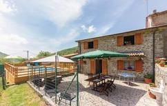 Ferienhaus 1481718 für 10 Personen in Sassalbo