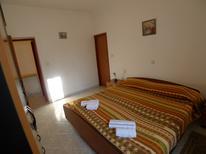 Ferienwohnung 1482867 für 5 Personen in Pjescana Uvala