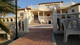 Villa 1484948 per 8 persone in Campos del Rio