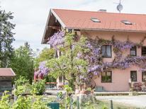 Ferienwohnung 1485069 für 3 Personen in Riedering