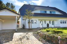 Vakantiehuis 1488347 voor 5 volwassenen + 1 kind in Middelhagen