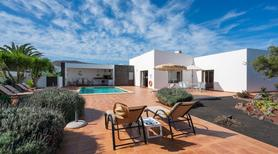 Holiday home 1488552 for 8 persons in Playa Blanca